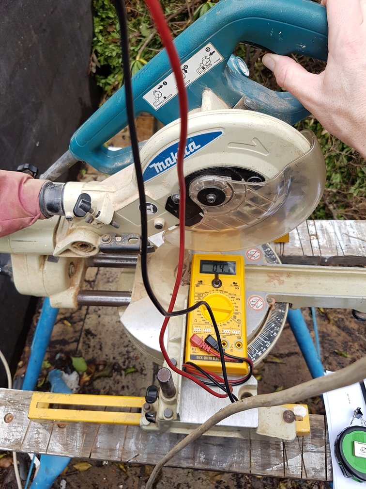 Assessment of a builder's drop saw in relation to compliance